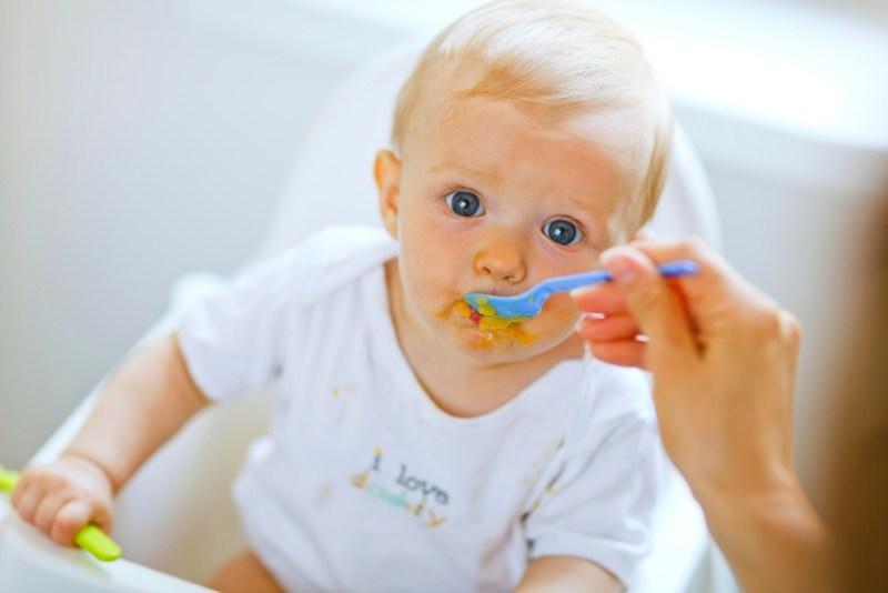 los-primeros-alimentos-solidos-en-el-bebe-1