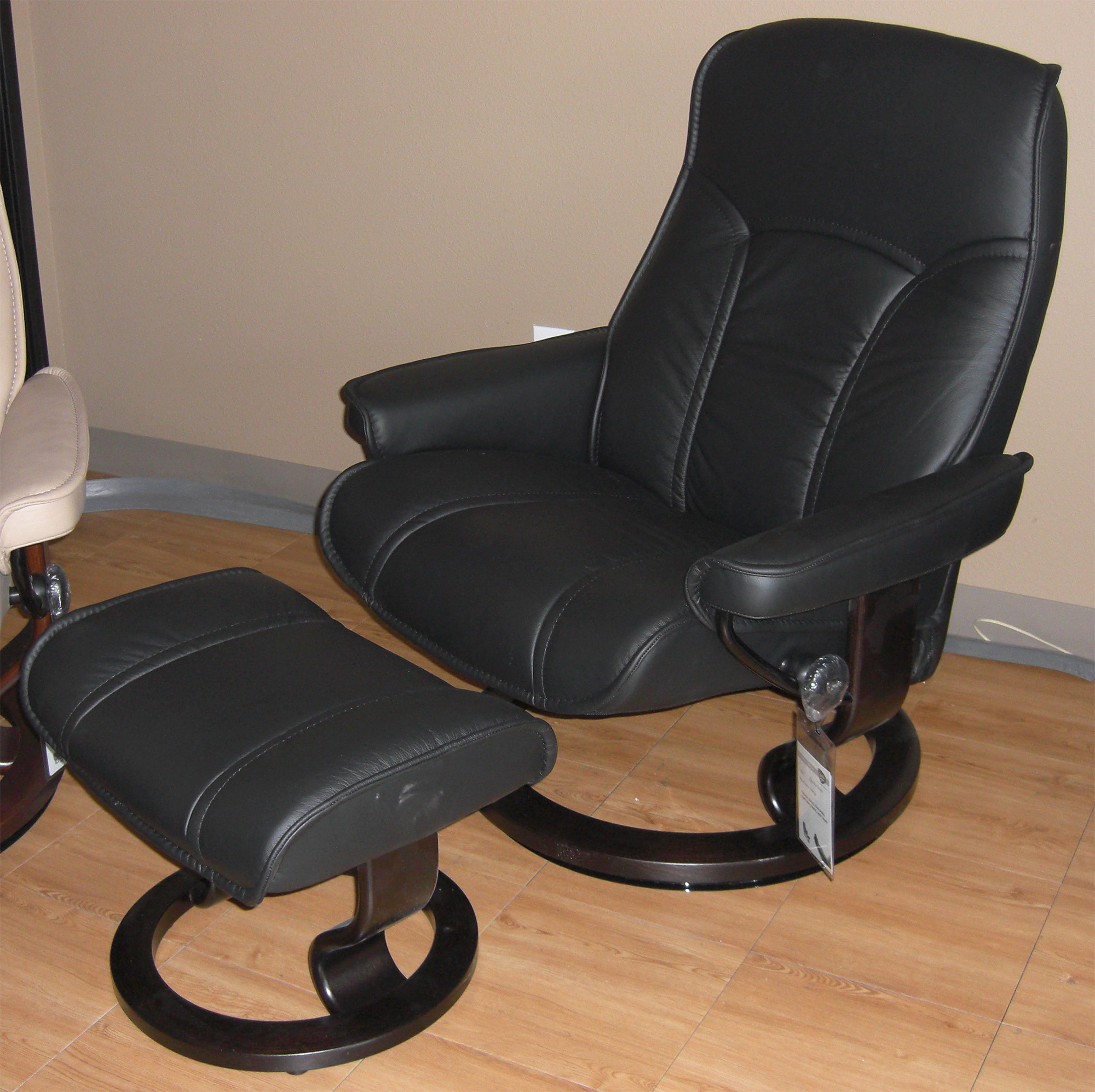 Leather Chairs With Ottoman Stressless Senator Paloma Black Leather Recliner Chair And Ottoman By Ekornes