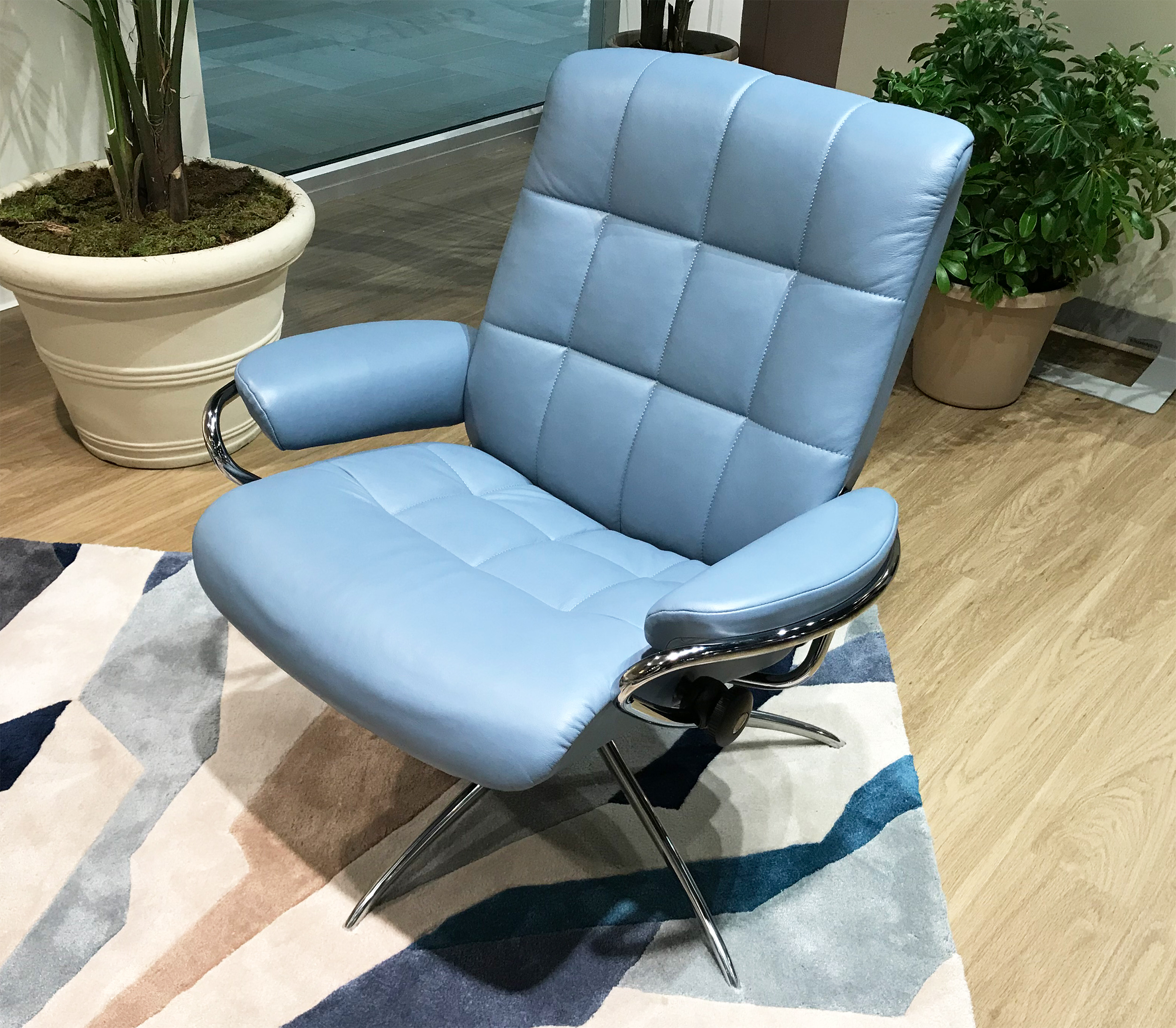 stress free chair chairs that fold into beds stressless london low back leather recliner in paloma