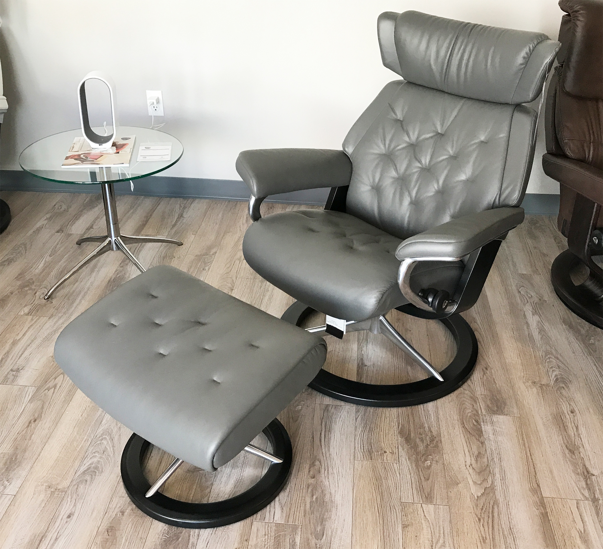stressless skyline signature base paloma metal grey leather recliner chair and ottoman by ekornes