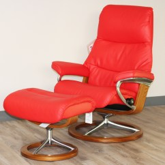Red Recliner Chairs Chair City Oil Stressless View Signature Base Medium Paloma Tomato Leather By Ekornes