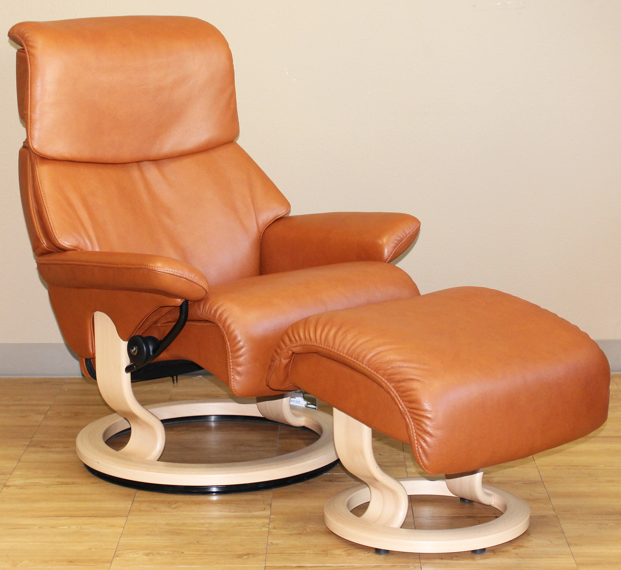 Ekornes Chairs Stressless Dream Royalin Tigereye Leather Recliner Chair