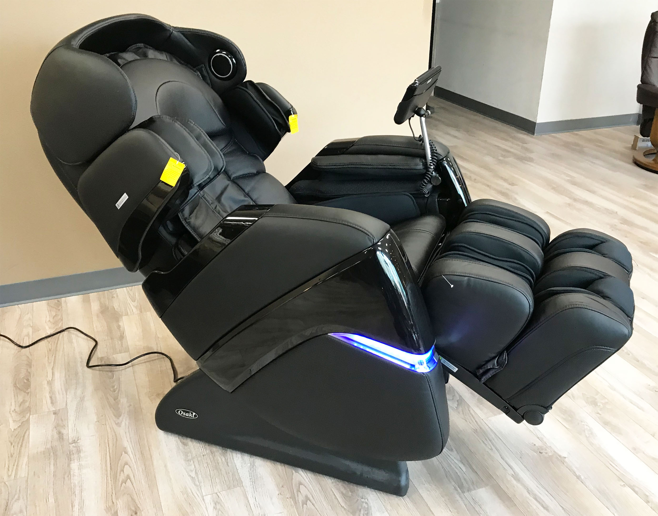 osaki os 3d pro cyber massage chair covers for hire parties zero gravity recliner and