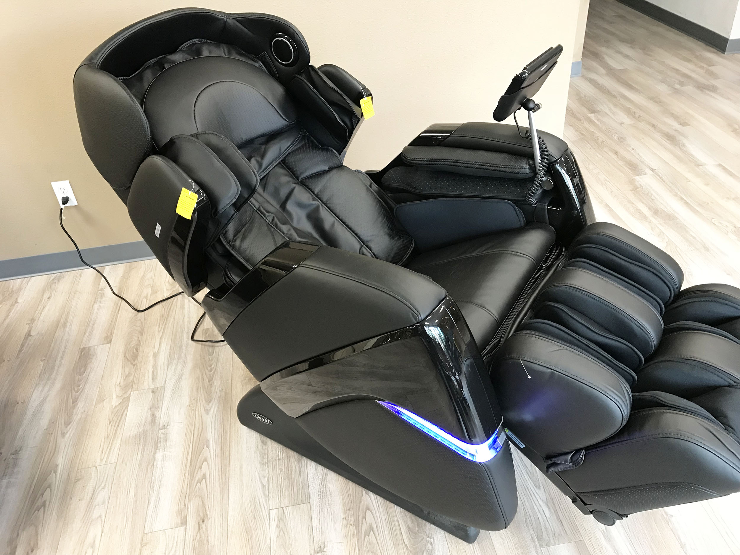 osaki os 3d cyber pro massage chair dining table and chairs zero gravity recliner