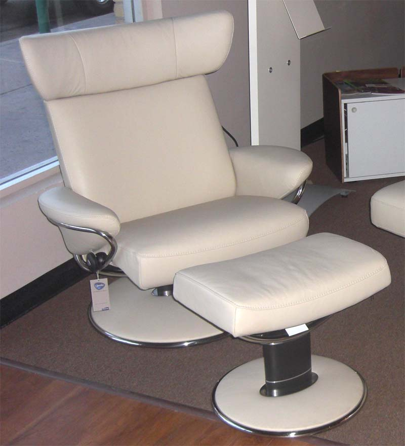 recliner sofas leather modern sectionals ekornes stressless jazz chair lounger - ...