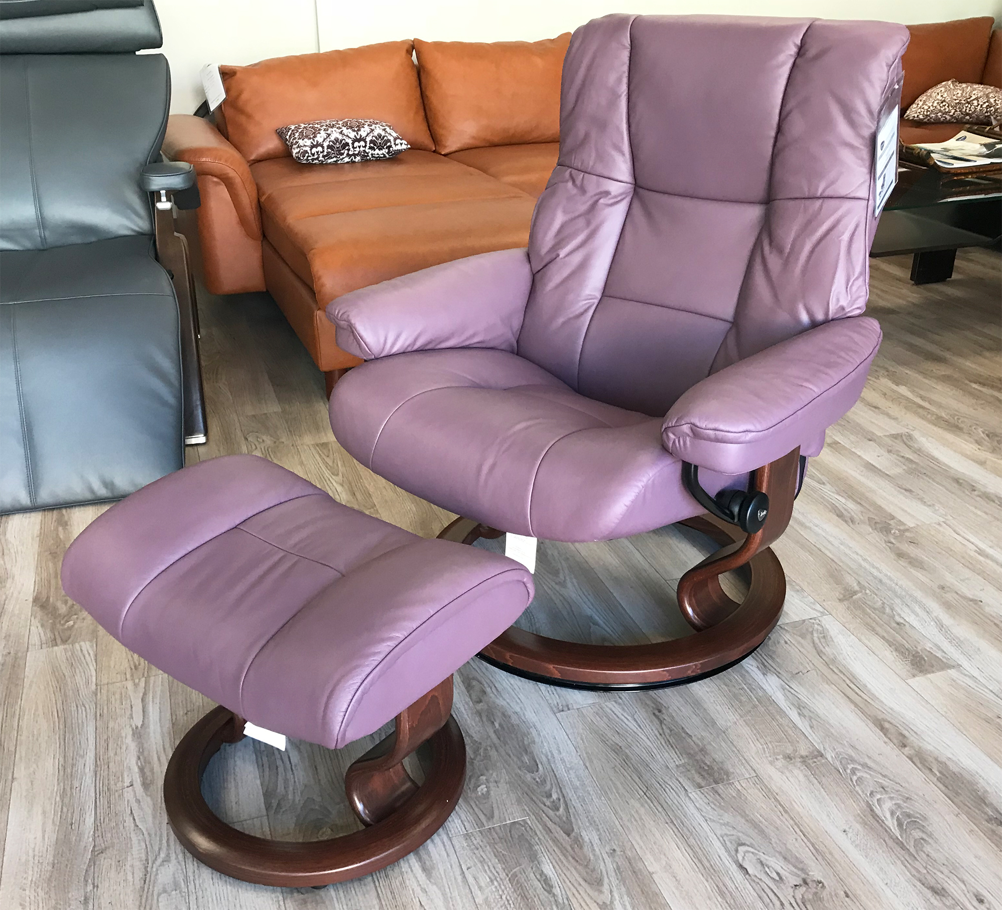 Leather Chairs With Ottoman Stressless Mayfair Paloma Purple Plum Leather Recliner Chair And Ottoman By Ekornes