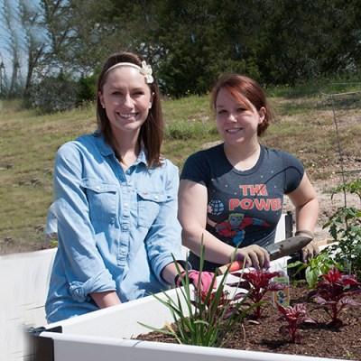 Healthy Gardens Student Volunteers