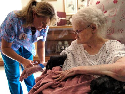 antibiotics in nursing homes