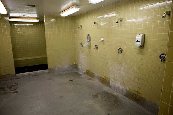 Public showers can be a home for fungus