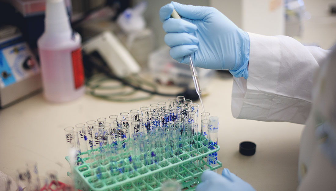 Laganowsky awarded NIH grant
