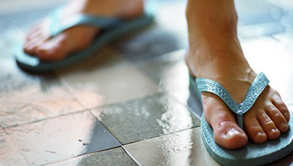 wearing proper footwear in the gym showers can help avoid getting a staph infection