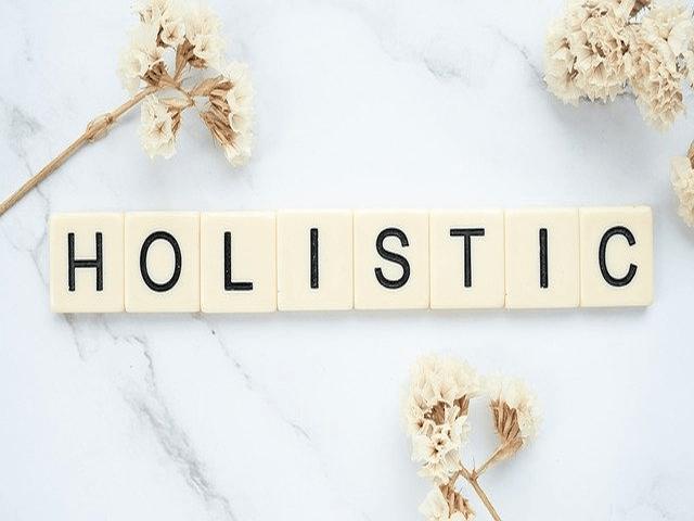 10 Great Benefits Of A Holistic Wellness Center