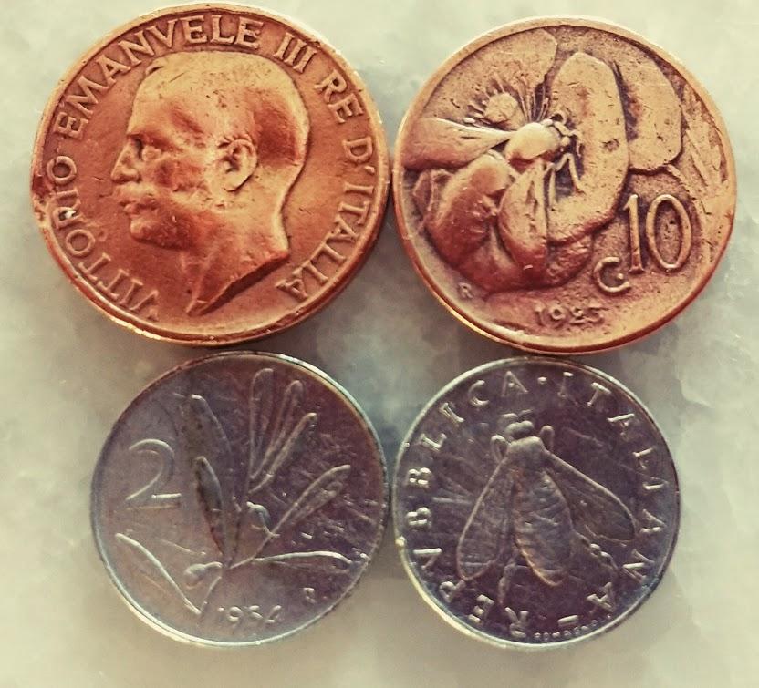 Monete da 10 e 2 lire raffiguranti le api
