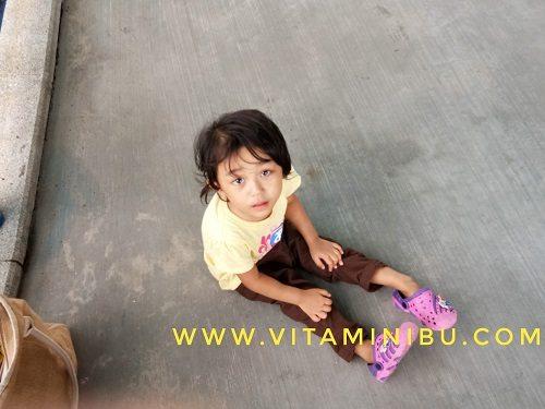 7 Tips Penting Bawa Anak Bercuti Ke Legoland, Johor Bahru - Makan Di Legoland - Anak Mengamuk Tak Boleh Main Di Legoland
