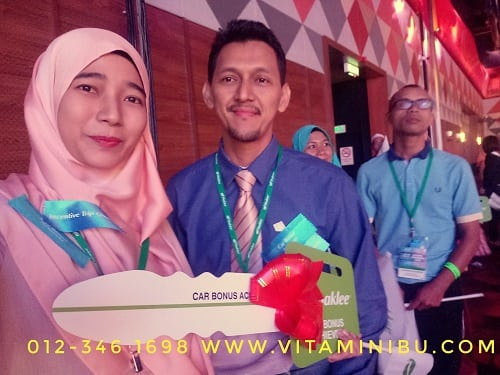 Rezeki Naik Stage Shaklee National Convention 2018