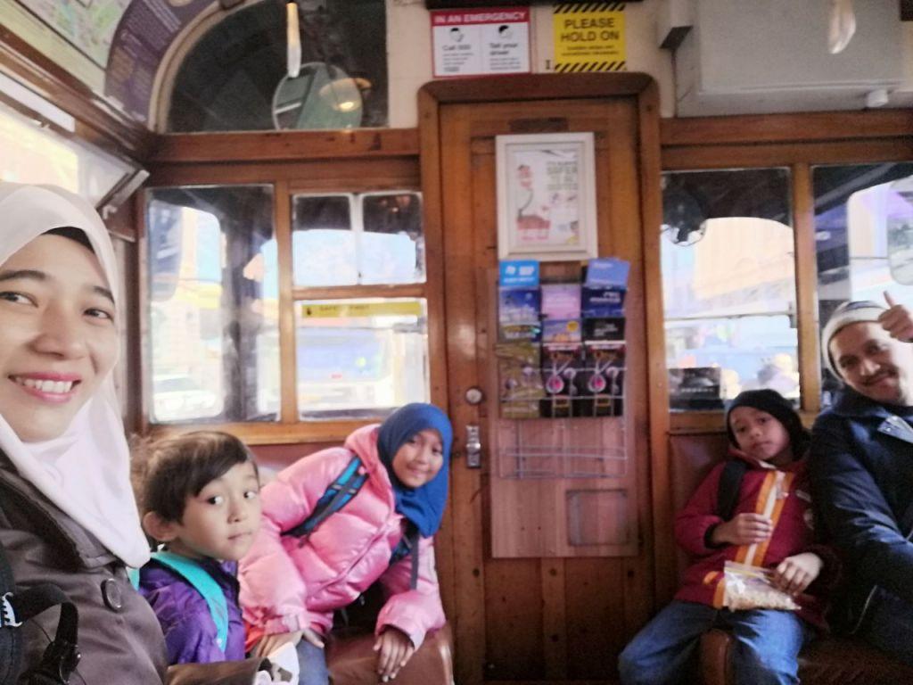 City-circle-tram-melbourne (3)