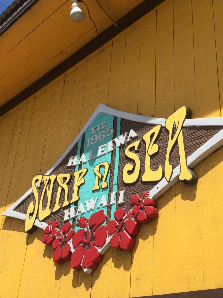 Travel to Hawaii - worlds first surf shop