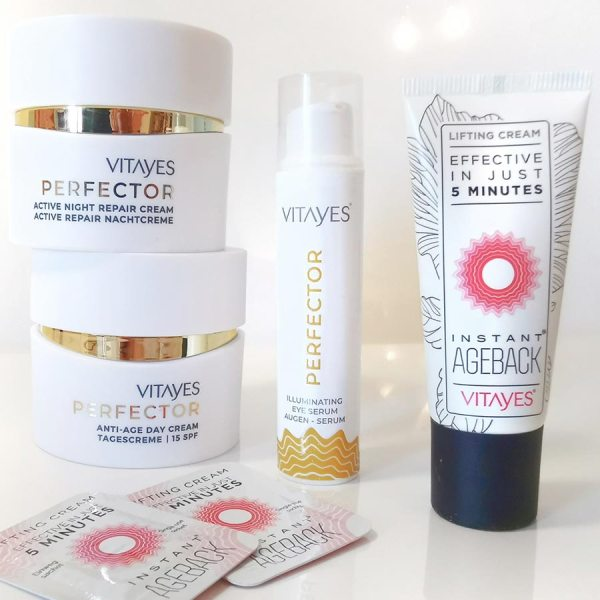 trattamento completo anti età per la pelle matura, con effetto lifting immediato e super idratazione