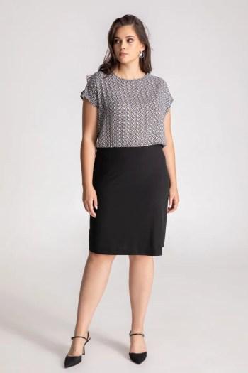 Czarno-biała sukienka z wiązaniem polskiej marki Vito Vergelis sukienka plus size