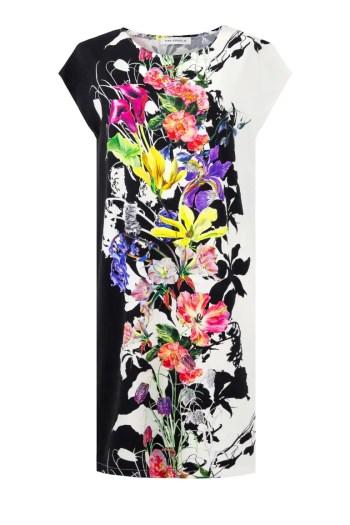 Dzianinowa sukienka w kolorowe kwiaty marki Vito Vergelis. Fason oversize na duże rozmiary.