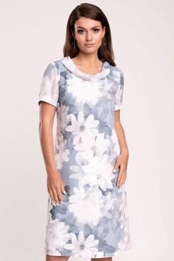 Błękitna sukienka w białe kwiaty marki Vito Vergelis