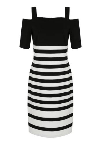Dzianinowa sukienka w czarne paski z hiszpańskim dekoltem polskiej marki Vito Vergelis