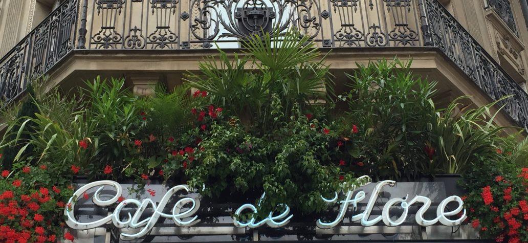 cafe de flore vitraz pariz
