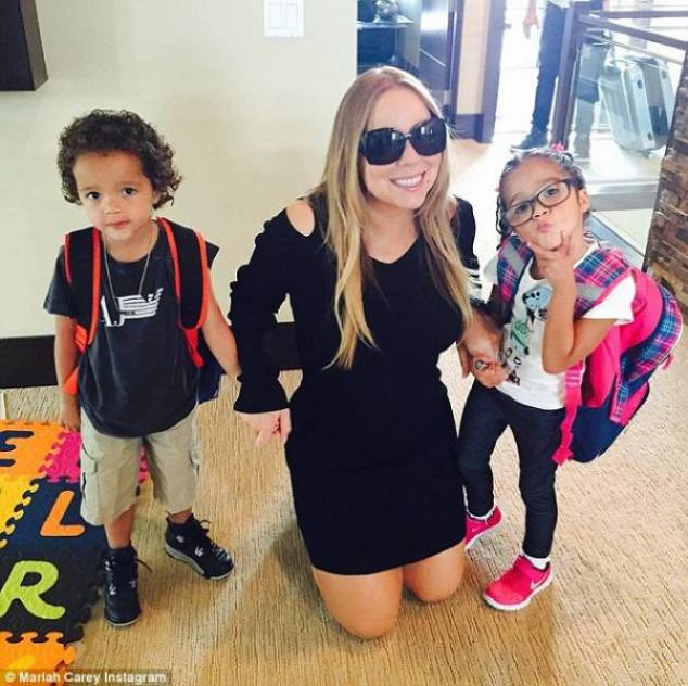Mariah Carey and her adorbz twins - Moroccan and Monroe ©Mariah Carey|Instagram