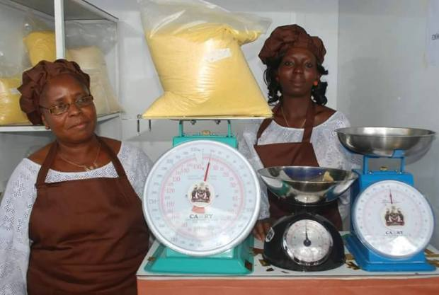 gov-aregbesola-introduce-the-use-of-standardised-weighing-scales-in-osun-markets-5