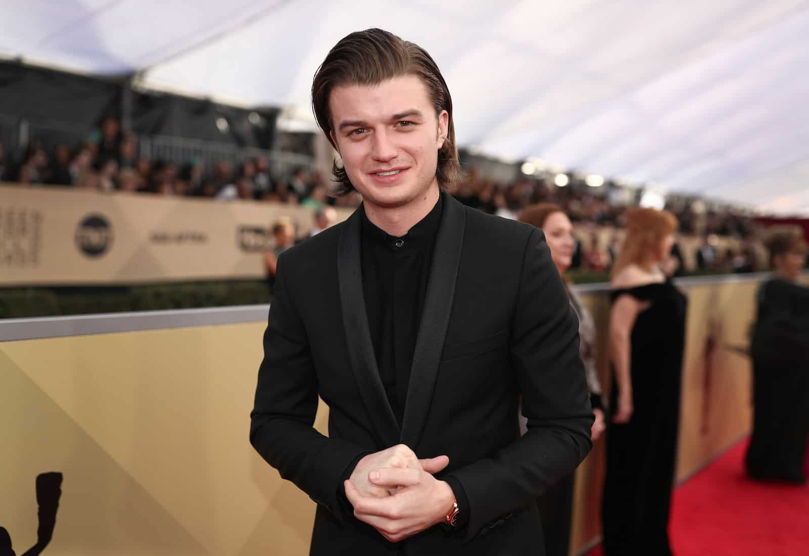 Stranger Things Joe Keery is the Breakout Star Everyone Wants to Know!