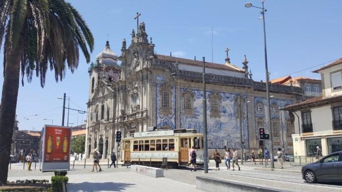 Carmo Church | Igreja & Tram | Bonde