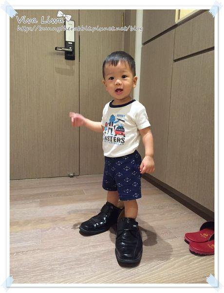 365-356 翰1Y5M。就愛穿大人鞋!