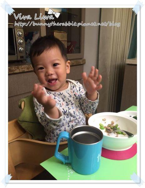 【育兒】翰1Y6M。找到寶寶適合的用餐習慣才能吃多多!西餐式上菜法