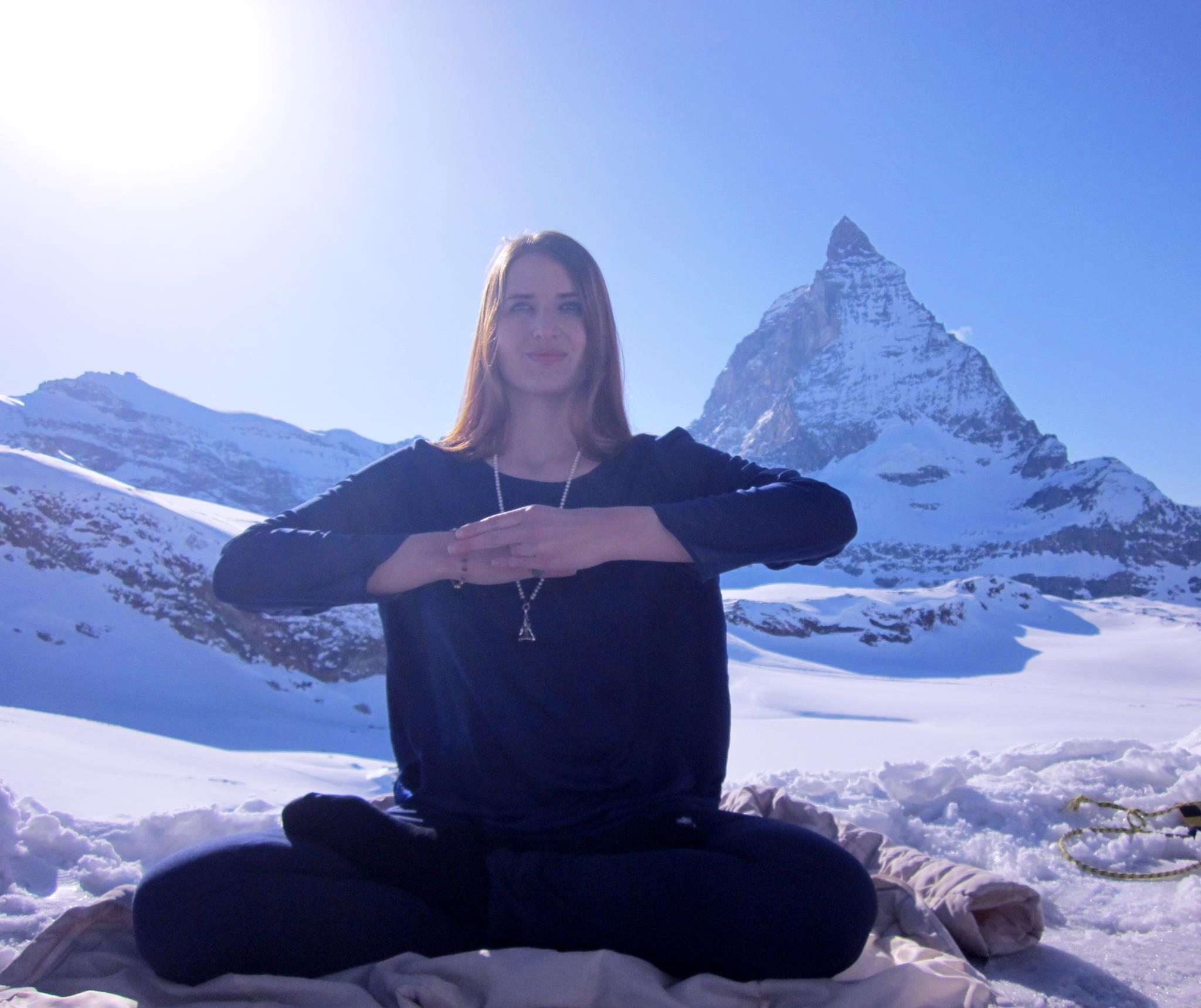 Himalaya Halle Tuesday, 7 April 2020, 8-8.30pm Shiva Dhyan Yoga Meditation Introduction By Shivani Himalaya (katrin Suter) For Women - Vivamost!