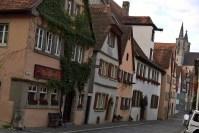 Klingengasse, calle que va desde la Iglesia St. Jakob hasta la puerta Klingentor.