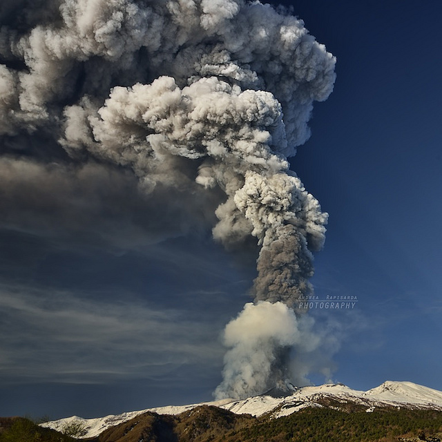 6725608359 87248938c4 z 20 Beautiful Active Volcano Images