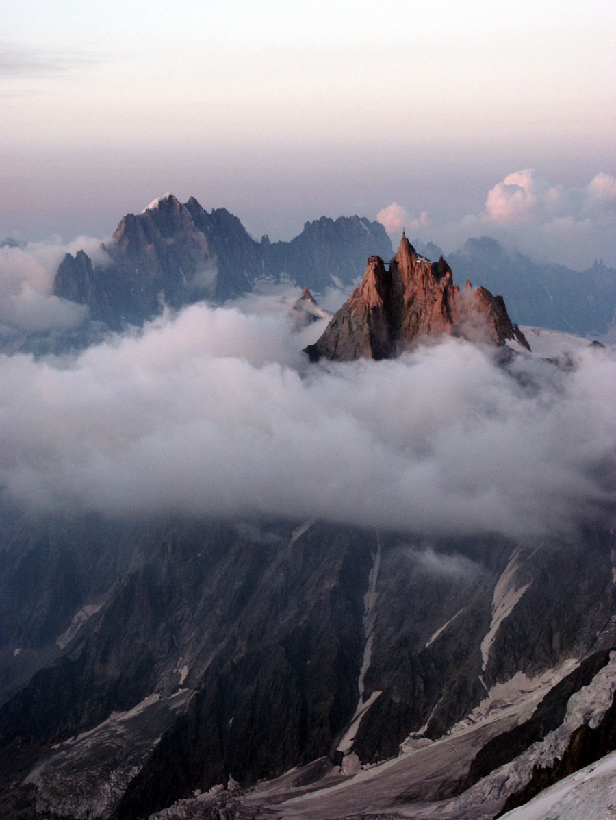 Aiguille du Midi sundown 900x1197 30 Best Earth Pictures of the Week – July 10th to July 17th, 2012