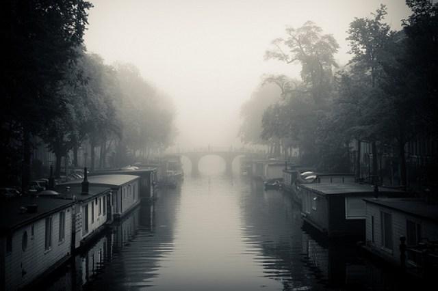 Amsterdam com serração