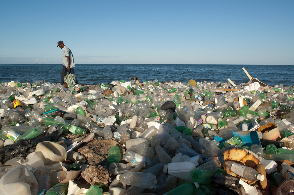 Beach-polluted-with-plastic-bottles-Cap-Haitian-Haiti