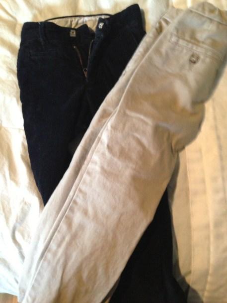 Kids' pants, too small. DONATE.