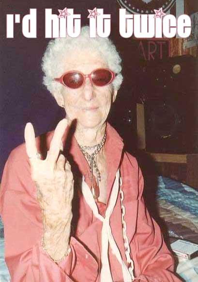 old-lady-hitit