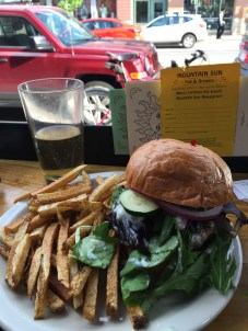A cider and a turkey burger