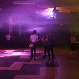 empty-dancefloor