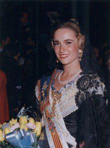 lourdes-bernal-fallera1992