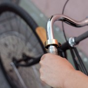 Knog-Oi-Minimal-Bike-Bell-1