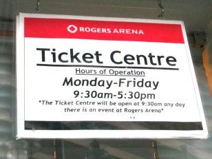 Horário de atendimento da bilheteria do estádio de Hockey Rogers Arena
