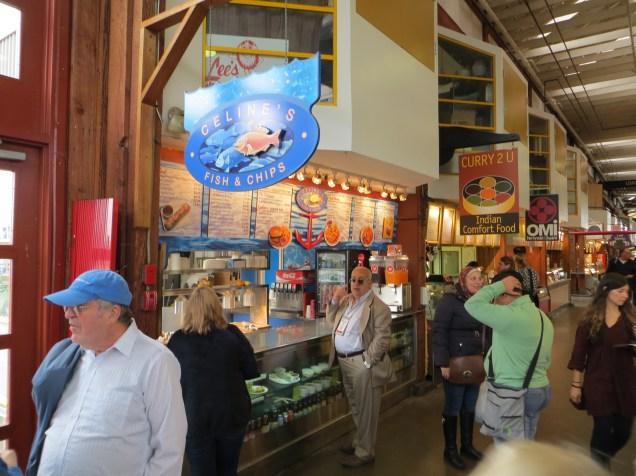 Área de alimentação no Granville Market