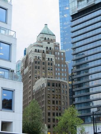Vancouver Downtown - Prédio do filme Quarteto Fantástico