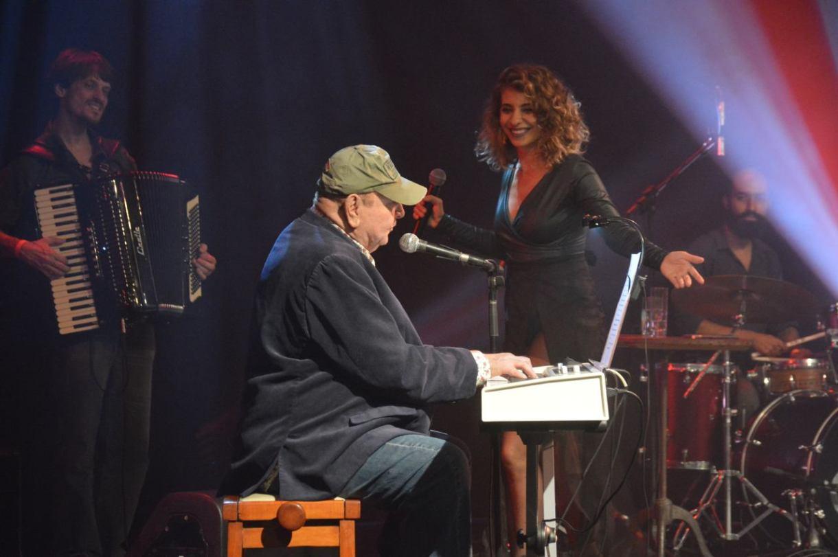 João Donato e a Bananeira batida com Pop Banana de Júlia Vargas