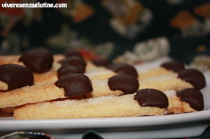 Gluten-free chocolate matchsticks